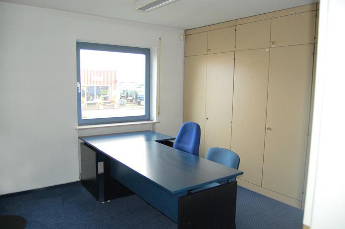 Büro 03 im Erdgeschoss